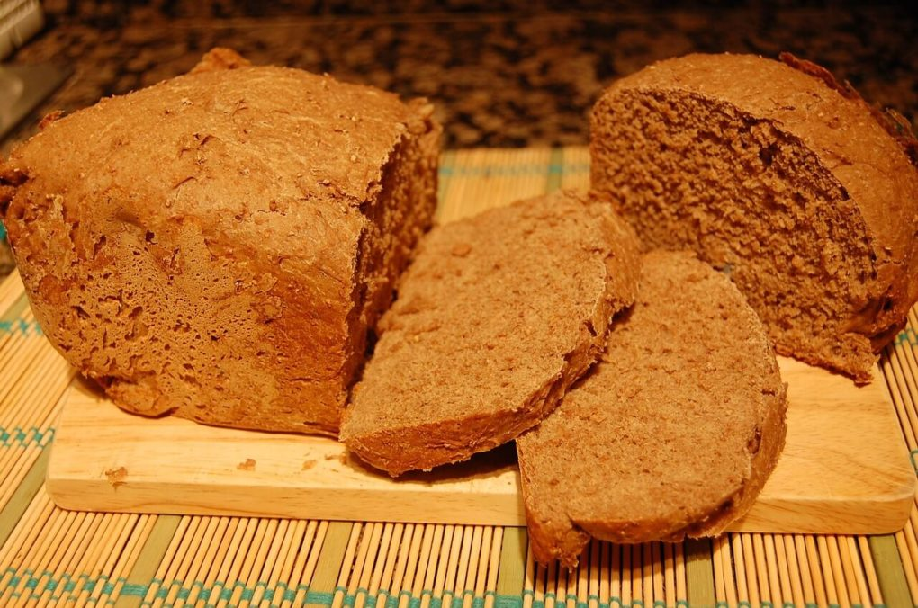 Brot backen im Römertopf - Roggenbrot